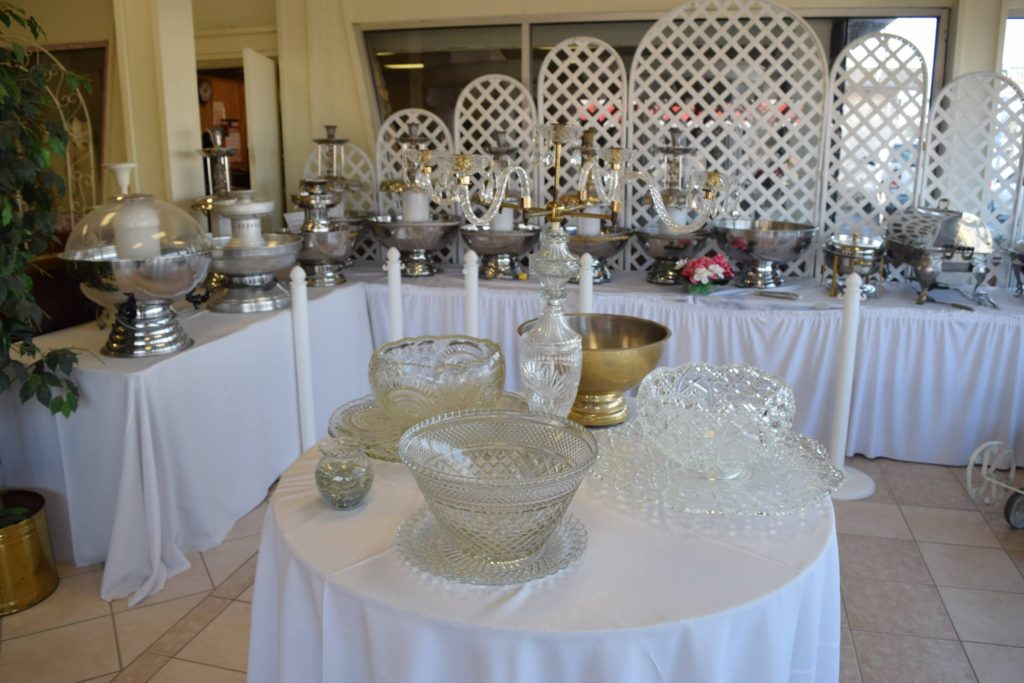 silver-glass-champagne-fountains-punch-bowls